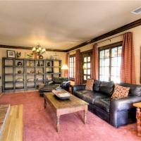 Hotel Pictures: Casa de Olivia Four-bedroom Holiday Home, Santa Fe