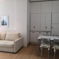 Apartment with Terrace - Piazza Santa Maria Beltrade, 1