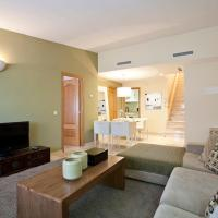 Deluxe Two-Bedroom Apartment with Terrace - Correos 12