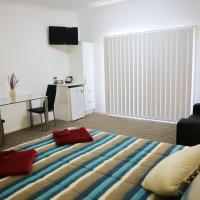 Hotel Pictures: Honeybee - Country Accommodation, Kandanga