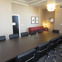 Non-Smoking King Executive Conference Room