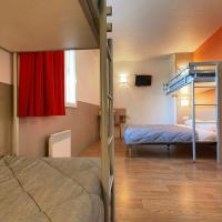 Quintuple Room (1 Double Bed + 3 Single Beds)