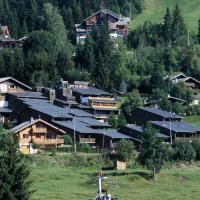 Hotel Pictures: Village De Vacances Les Flocons Verts, Les Carroz dAraches