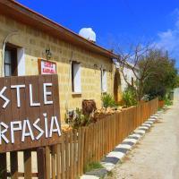 Fotos do Hotel: Castle Karpasia Guest House, Rizokarpaso