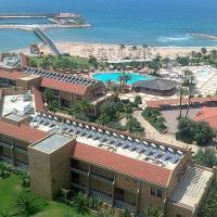 Fotos de l'hotel: Jiyeh Marina Resort, Jiyeh