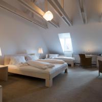 Hotelbilleder: Hotel Gasthof Zum Storch, Schlüsselfeld