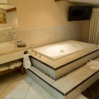 Hotel Pictures: Hotel Estancia Santa Monica, Louveira