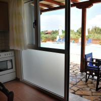 Apartment with Pool View (4 Adults)