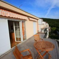 Фотографии отеля: Apartment in Dramalj 5781, Драмаль