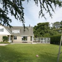 Hotel Pictures: Holiday home In De Boogerd 3, Burgh Haamstede