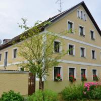 Hotelbilleder: Holiday home Bayerwald 1, Perlesreut