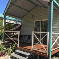 Foto Hotel: Kingfisher Caravan Park, Tin Can Bay