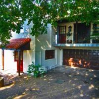 Hotellbilder: Bailey's Beach Cottage (Self Catering Apartments), Durban