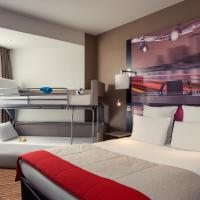 Standard Room with Double Bed and Stackable Sofa Bed