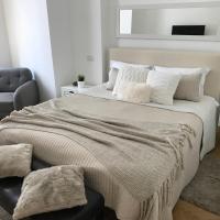Zdjęcia hotelu: Metropole Apartments - Kogalniceanu, Bukareszt