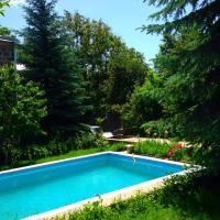Фотографии отеля: Garni Family House, Vokhchaberd