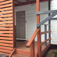 Deluxe Two-Bedroom Cottage with Private Balcony