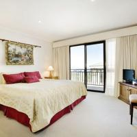 Zdjęcia hotelu: Pension Grimus Zurs Suite, Mount Buller