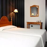 Hotel Pictures: CTR Pico de Urbión, Duruelo de la Sierra