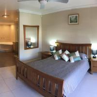 Zdjęcia hotelu: Huge House on the Grand Canal, Mandurah