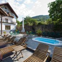 Hotel Pictures: Hostal Rural Salazar, Oronz