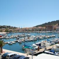 Hotel Pictures: Le Barock, Saint-Mandrier-sur-Mer