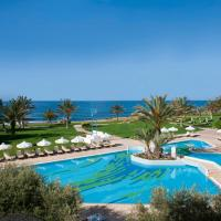 Hotel Pictures: Constantinou Bros Athena Royal Beach Hotel, Paphos City