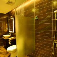 Hotel Pictures: Lake Impression Resort Hotel, Qianwei