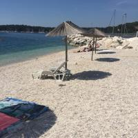 Hotel Pictures: Apartments By The Sea, Pula