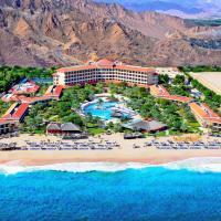 Фотографии отеля: Fujairah Rotana Resort & Spa - Al Aqah Beach, Аль-Ака