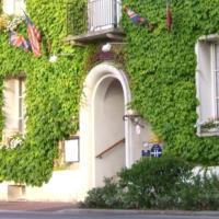 Hotel Pictures: Auberge du Vieux Chateau, Saint-Sauveur-le-Vicomte