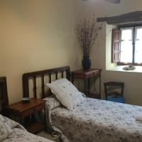 Hotel Pictures: El Lagar De Las Medulas, Orellán