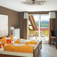 Hotelbilleder: Landhaus Tannenhof, Busenberg