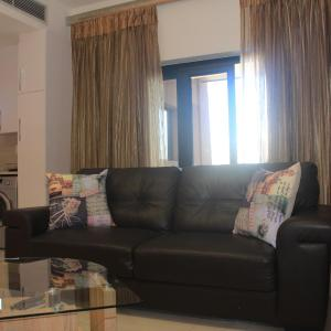 Hotel Pictures: The Tower Luxury Apartments, Gaborone