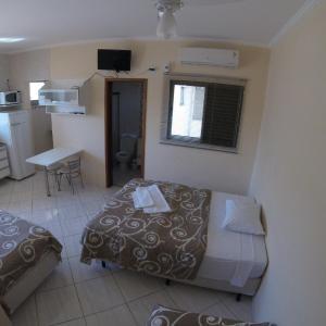 Hotel Pictures: Áries Apart Hotel, Bauru