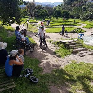 Hotel Pictures: Bike House Campo Bici, Hacienda Rumihuaicu