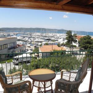 Hotel Pictures: Apartments Ivana, Biograd na Moru