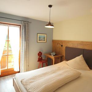 Hotel Pictures: Gästehaus Alpin, Bergen