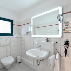 Hotel Pictures: Hotel Hansen, Bergisch Gladbach