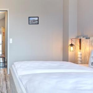 Hotel Pictures: Große Ferienbutze - [#54868], Heiligenhafen