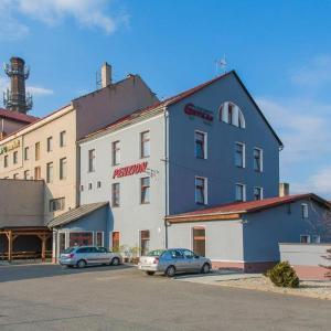 Hotel Pictures: Penzion Grygartruck, Velká Bystřice