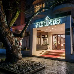 Hotel Pictures: Hotel Medicus SPA & Balneo, Vŭrshets