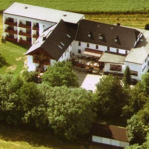 Hotel Pictures: Landkomforthotel Riedelbauch, Bad Alexandersbad