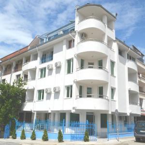Foto Hotel: Guest house Kamburovi, Chernomorets
