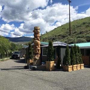 Hotel Pictures: Sunset Motel, Cache Creek
