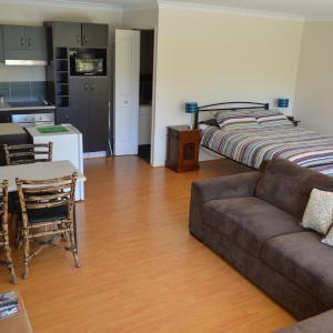 Hotel Pictures: Gold Coast Theme Parks Apartment, Gold Coast