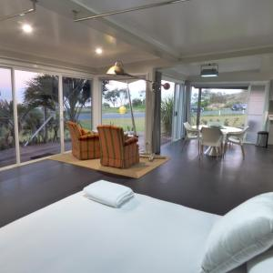 Fotos do Hotel: ArtHOUSE Beachfront Accommodation, Emerald Beach