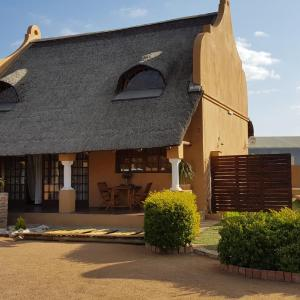 Foto Hotel: Tlhago Self Catering, Gaborone