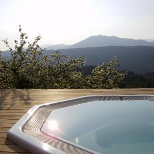 Hotel Pictures: Hotel Le Tourisme, Zonza