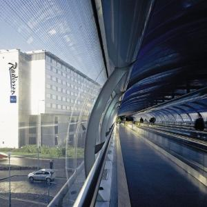 Hotel Pictures: Radisson Blu Manchester Airport, Hale